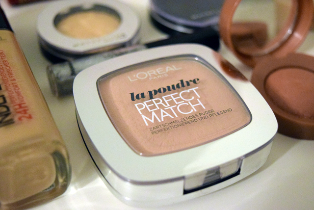 make-up-puder-2