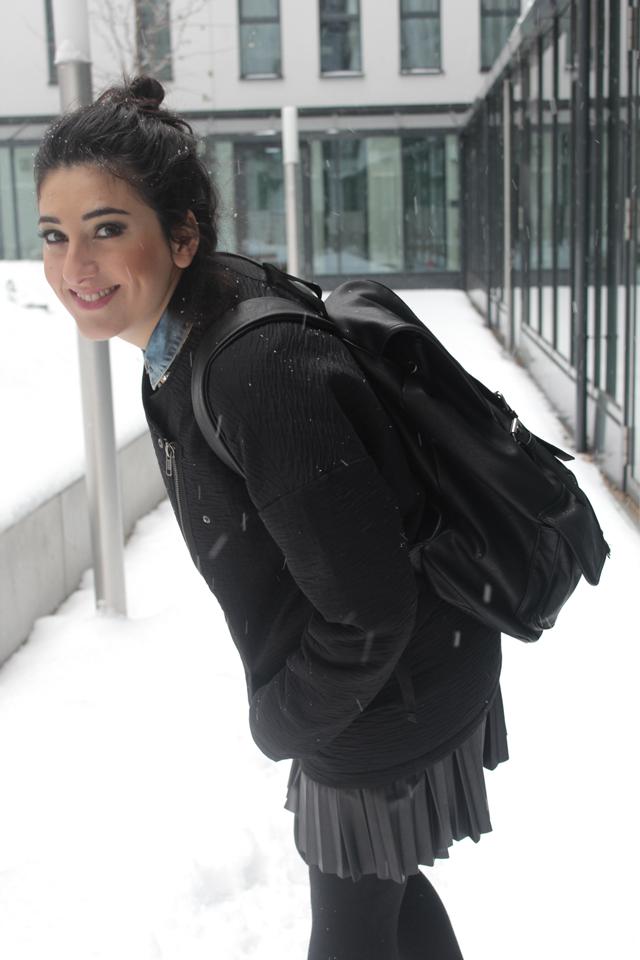 winter outfits berlin look von der seite