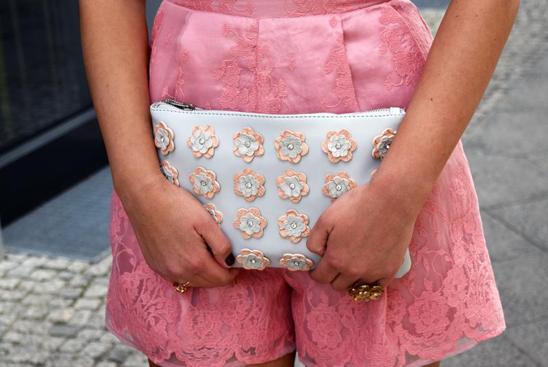 Tüll OUtfit - Blumenmuster Handtasche
