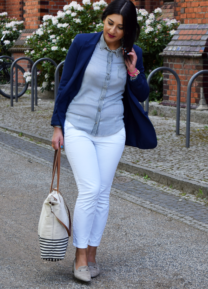outfit post marineblau