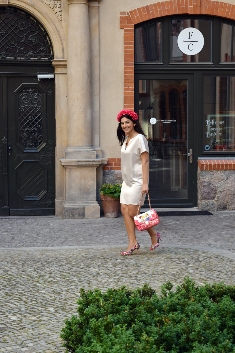 Sommer Outfit mit Love Moschino
