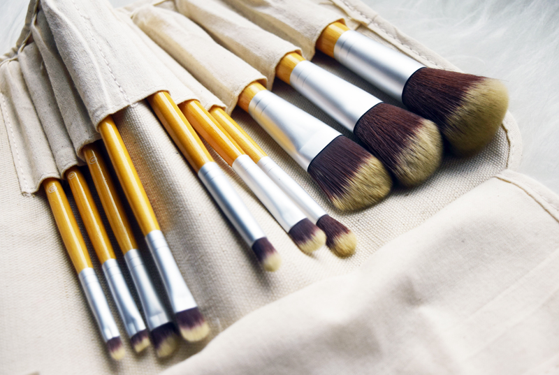 Make Up Pinsel Set - Fashion Blog THINGSAREFANTASTIC