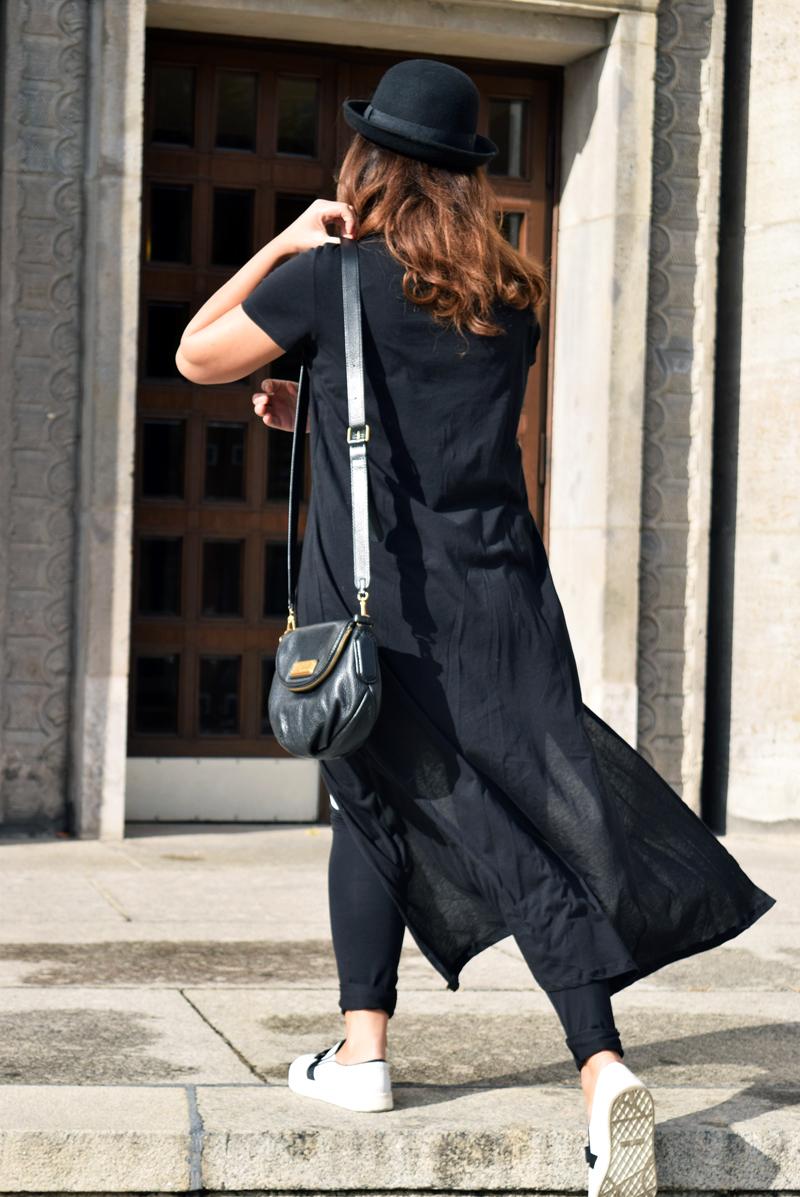 New York Hipster Look mit einem langen T-Shirt