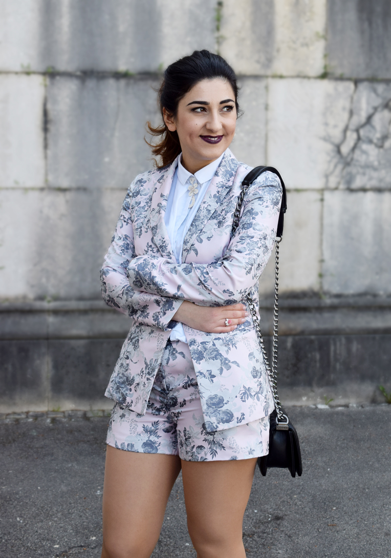jacquard blazer-shorts outfit