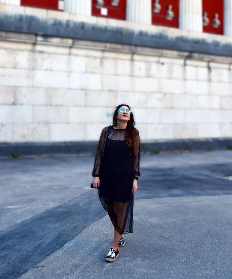 schwarzes Hipster Mädchen Outfit