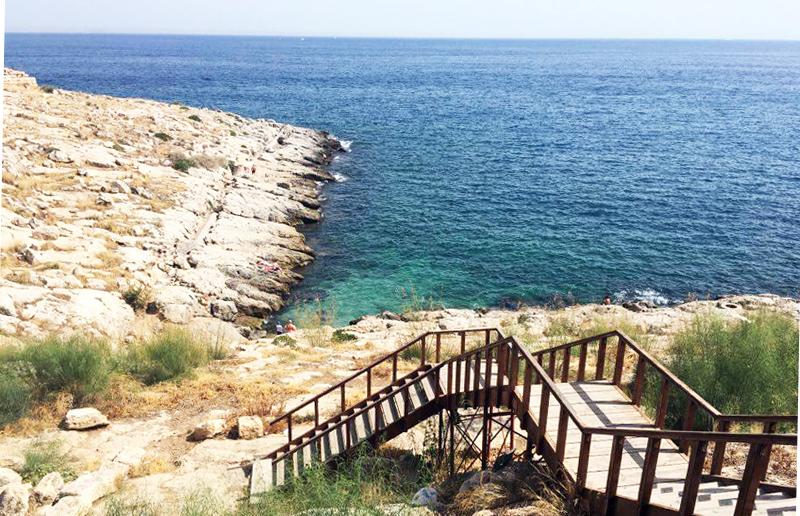 Zum Piraeus Strand in Athen