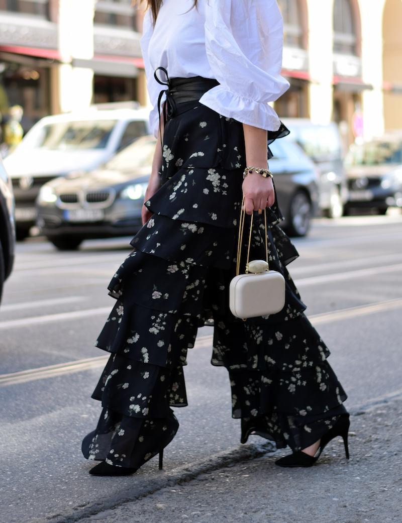 Fashion Look mit Rüschen und Volants