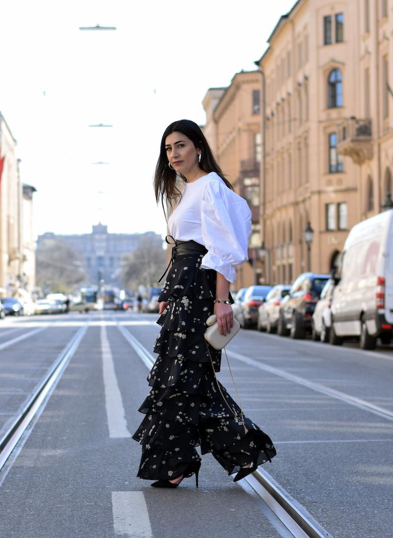 Fashion trend rüschen bluse