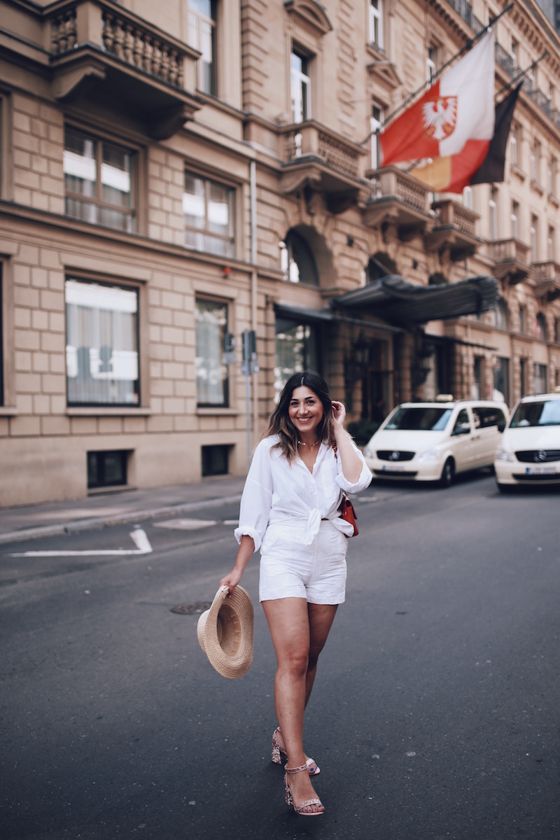 summer-outfit-ideas-white